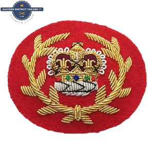 WO2 RQMS Crown & Wreath Red